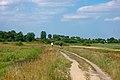Zemborzyce, droga nad Bystrzycą.jpg