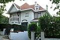 """""""La Feuillée"""", villa in cottagestijl, Villapad 1, 't Zoute (Knokke-Heist).JPG"""