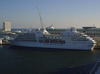 "Seven Seas Navigator - Image: ""Seven Seas Navigator"" Port Everglades, 2006"