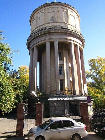 Водонапорная башня на площади Маркса