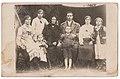 Сім'я Підгорецьких у Старому Брусні (1942 р.).jpg
