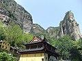 灵岩禅寺 - Lingyan Buddhist Temple - 2010.04 - panoramio.jpg