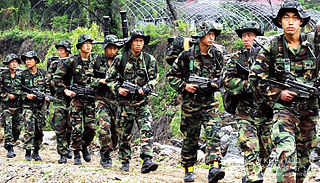 military personnel who travel and fight on foot