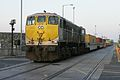 076 with a liner train Alexandra Road - Flickr - D464-Darren Hall.jpg