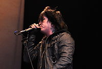 13-06-09 RaR Escape the Fate Craig Mabbitt 08.jpg
