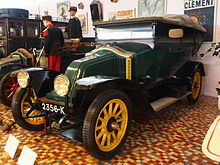 1916 Renault EU, four cylinder, 15hp, four seater tourer at the Musée Automobile de Vendée pic-1.JPG