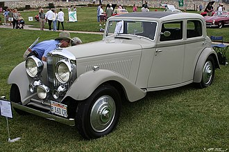 Sunroof - A 1934 Bentley with opening above the driver's compartment resembling the modern Sunroof