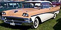 1958 Ford Fairlane 500 AOW532.jpg
