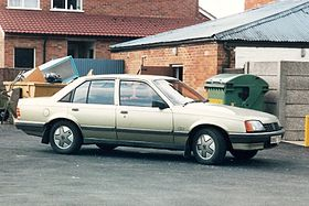 1984 Vauxhall Carlton (Mark I) CD 2.0 sedan 01 cropped.jpg
