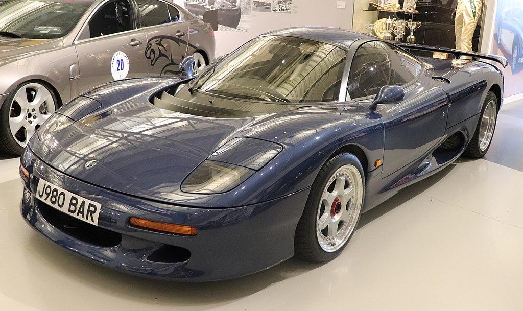 Jaguar XJR 15 1990 a 1992 ( 53 produzidos )