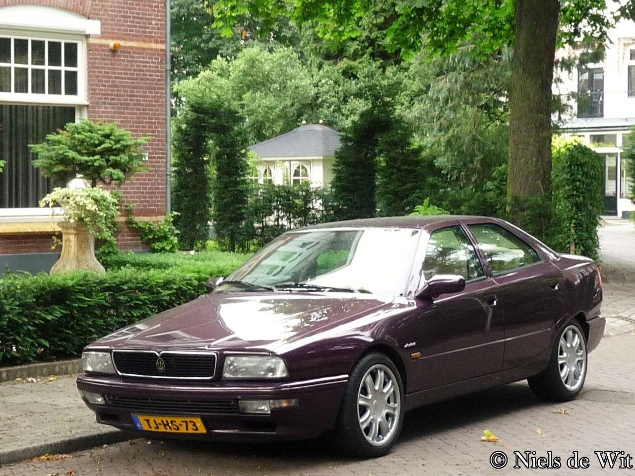 File:1998 Maserati Quattroporte (25271328924).jpg ...