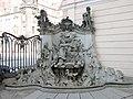 20070325015DR Dresden-Altstadt Taschenbergpalais Felsenbrunnen.jpg