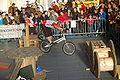 2009-11-28-fahrrad-stunt-by-RalfR-02.jpg
