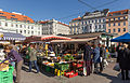 2015-10-24 Karmelitermarket on saturday, Vienna 0705.jpg