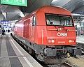 2016 032-2 in Wien Hauptbahnhof, 2019 (01).jpg