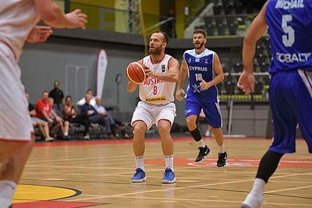 20180913 FIBA EM 2021 Pre-Qualifiers Austria vs. Cyprus Enis Murati 850 5777.jpg