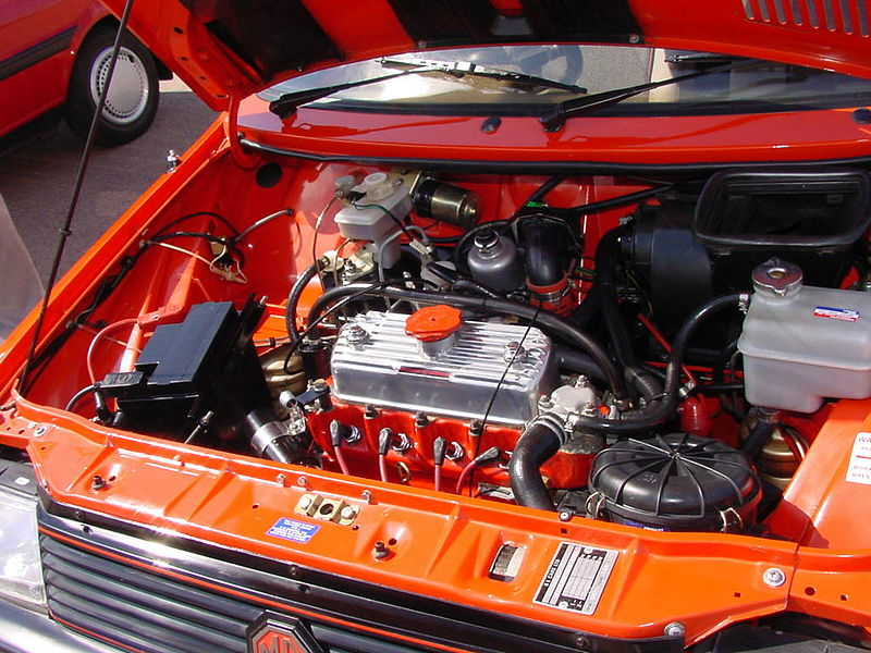 File 295 1983 1985 Red Mg Metro Turbo Engine Bay With 1