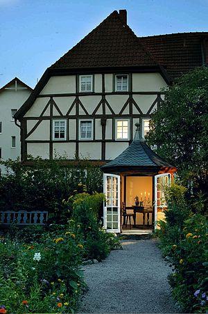 Bach House (Eisenach) - House Rittergasse 11 (in front: Bach House garden)