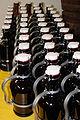 2l-Bierflaschen WikiRed mnolte.jpg