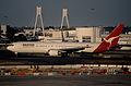 68al - Qantas Boeing 767-338ER; VH-OGD@SYD;25.08.1999 (5362891189).jpg