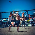 AVP manhattan beach 2017 (36702989166).jpg
