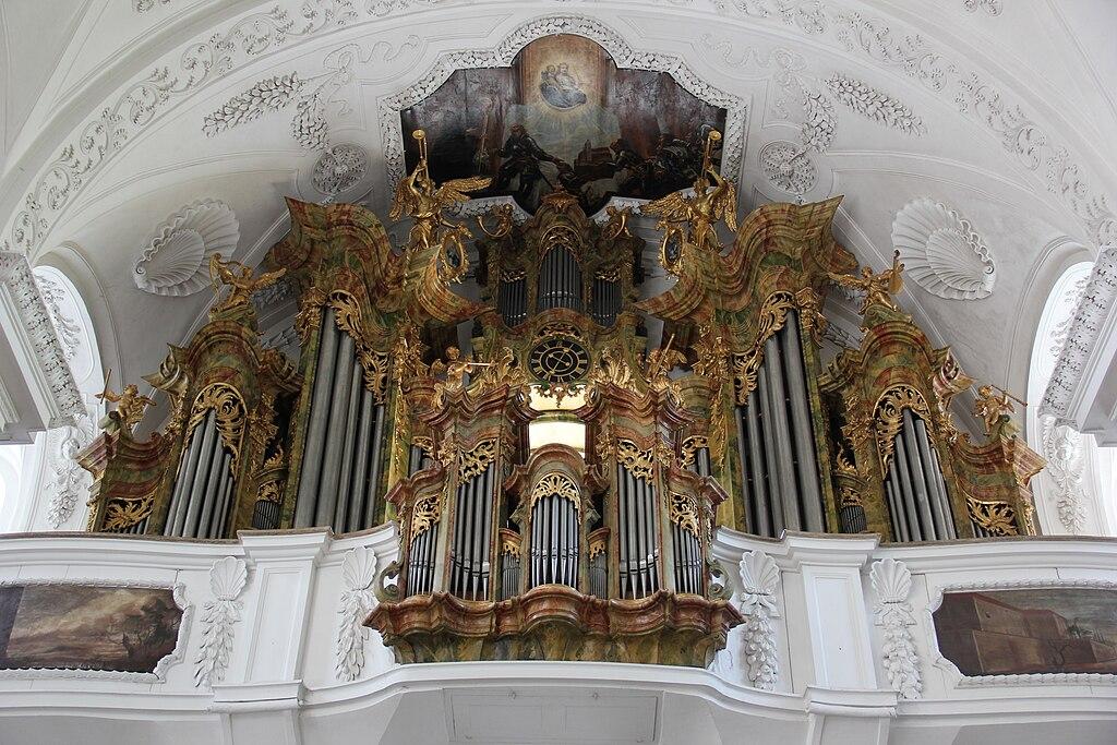 Der Herr über Zeit/Raum liebt Orgelmusik 1024px-Abbey_Irsee_118