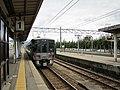 Ainokaze Toyama Railway Kumoha 521-16 at Kurobe Station.jpg