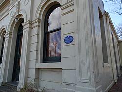 Photo of Alexandra Mechanics' Institute blue plaque