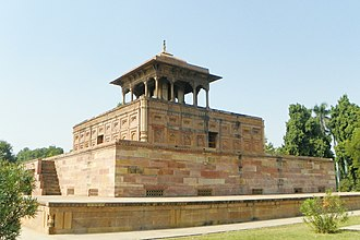 Shah Begum (wife of Jahangir) - Image: Allahabad, Khusru bagh, Shah Begum tomb 2015 11 12