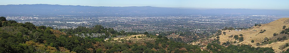 Looking west over northern San Jose (downtown is at far left) and other parts of Silicon Valley. See an up-to-the-minute view of San Jose from the Mount Hamilton web camera.