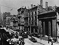 Amerikanischer Photograph um 1882 - Die Wall Street von der William Street (Zeno Fotografie).jpg