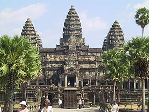 Borassus - The main entrance of Angkor Wat to the temple proper, seen from the eastern end of the Nāga causeway and Asian Palmyra palm
