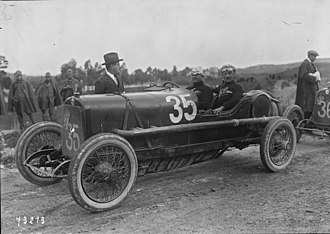 ALFA 20/30 HP - Antonio Ascari in his Alfa Romeo 20-30 ES at the 1922 Targa Florio