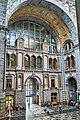 Antwerpen-Centraal main entrance hall 7.jpg
