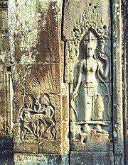 Tượng Apsara tại Banteay Kdei
