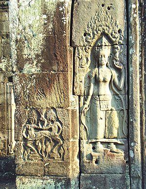 Banteay Kdei - Frescoes of Apsara Devata