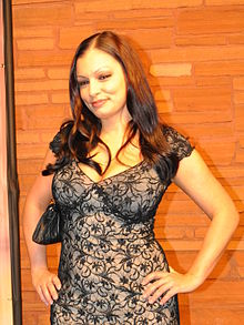Aria Giovanni at AVN Awards 2011 1 (cropped).jpg