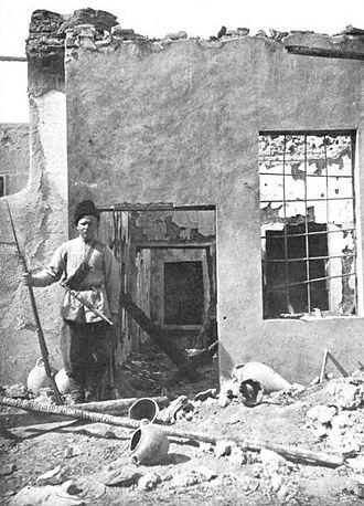 Armenian–Tatar massacres of 1905–07 - Image: Armenian house plundered