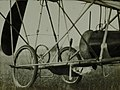 Assento, trem de pouso e hélice da Demoiselle - 1-13674-0000-0000, Acervo do Museu Paulista da USP.jpg