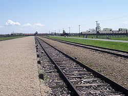 Auschwitz II Birkenau 12.jpg
