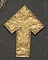 Badge (AM 1996.71.286).jpg