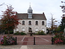 Bailly-Romainvilliers - Town hall - 1.jpg