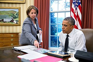 Lisa Monaco - Barack Obama is briefed by Lisa Monaco, 2014