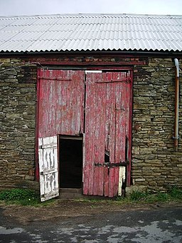 Barn door - geograph.org.uk - 412063