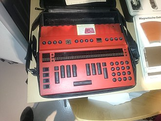 """Refreshable braille display - A Baum David System 90 special-purpose computer for the blind, with a braille """"screen"""" and special keyboard"""