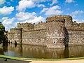 Beaumaris Castle 20000204 011.jpg