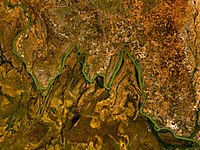 Bends in the River Niger which give W National Park its distinctive name.jpg
