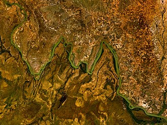 W National Park - Bends in the River Niger which give W National Park its distinctive name