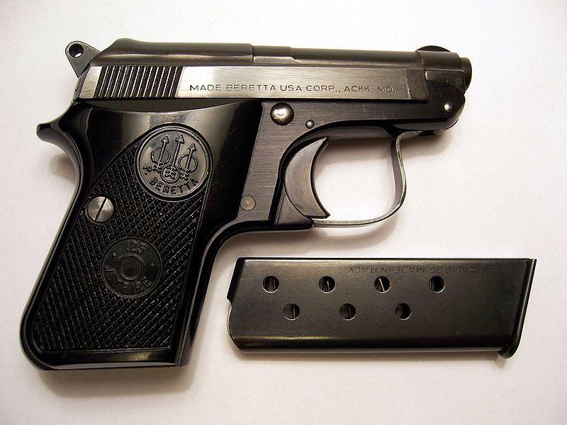 Die Fabbrica d'Armi Pietro Beretta 800px-Beretta950JetfireandClip-Shut