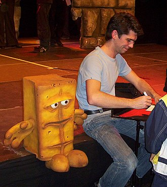 KiKa - Bernd das Brot and puppeteer Jörg Teichgraeber during an autograph session.